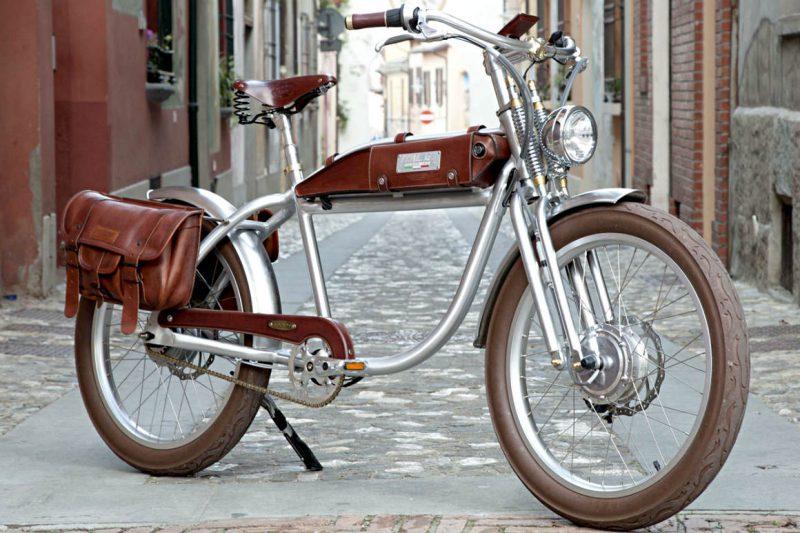 italjet electric bike Ascot model vintage in modernity