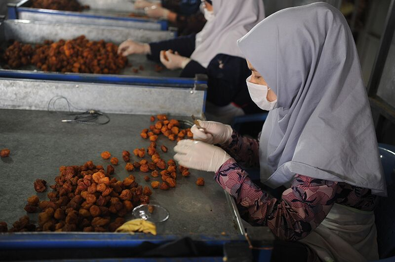 Ethical Fashion Initiative Afghanistan Ziba Foods Nuts